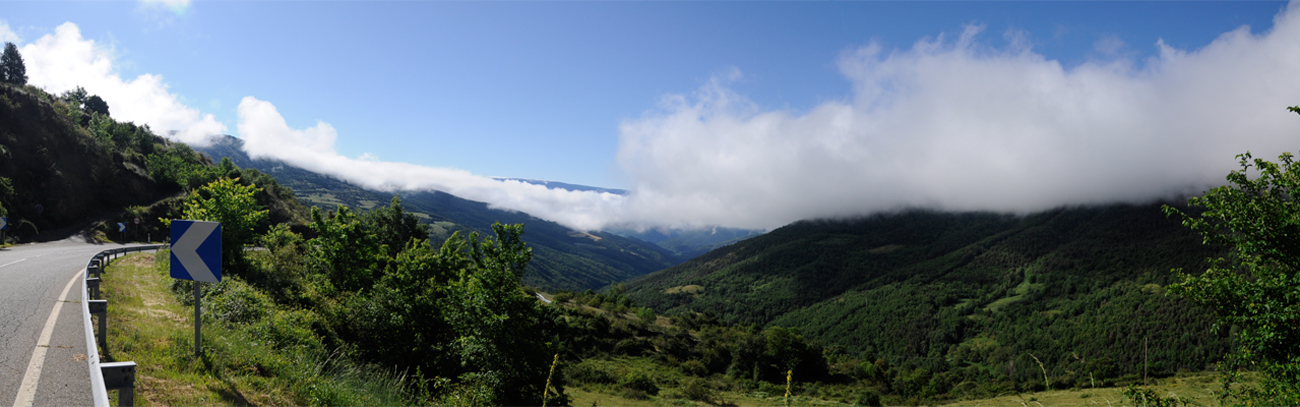 Panorama-pyrenees-1