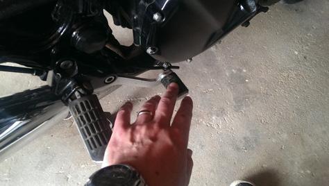 changement-plaquette-frein-moto-AR-17-IMAG0343