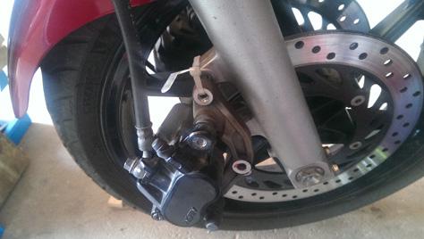 changement-pneumatique-moto-IMAG0709