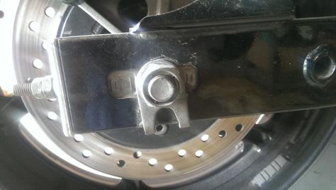 changement-pneumatique-moto-IMAG0730