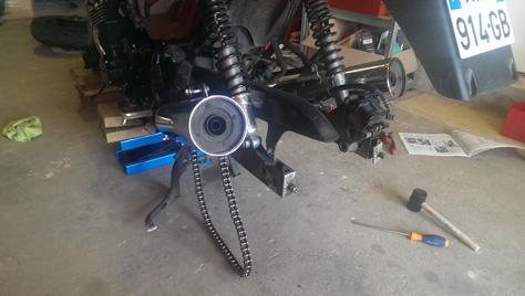 changement-pneumatique-moto-IMAG0734
