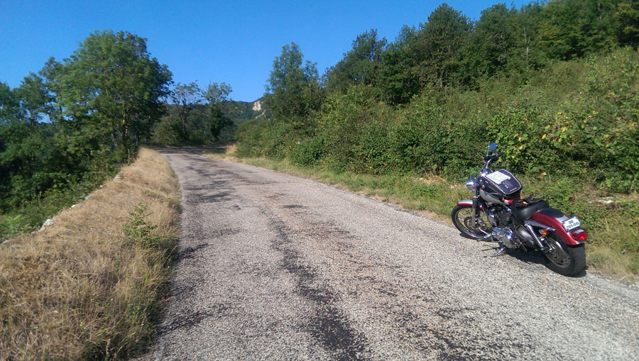 nord-bugey-grand-colombier-moto-2015-IMAG0259