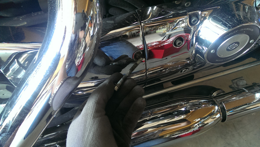 remplacement-courroie-transmission-harley-2-IMAG0723